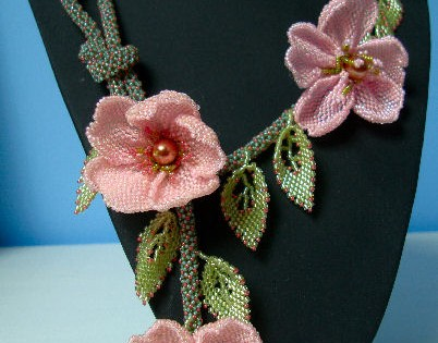 Dog-Rose Necklace